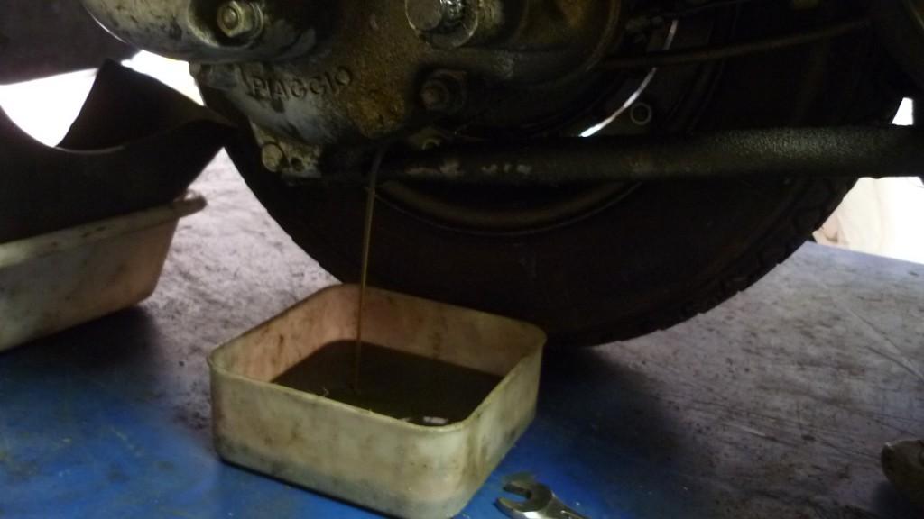 mientras vamos a sacar el aceite