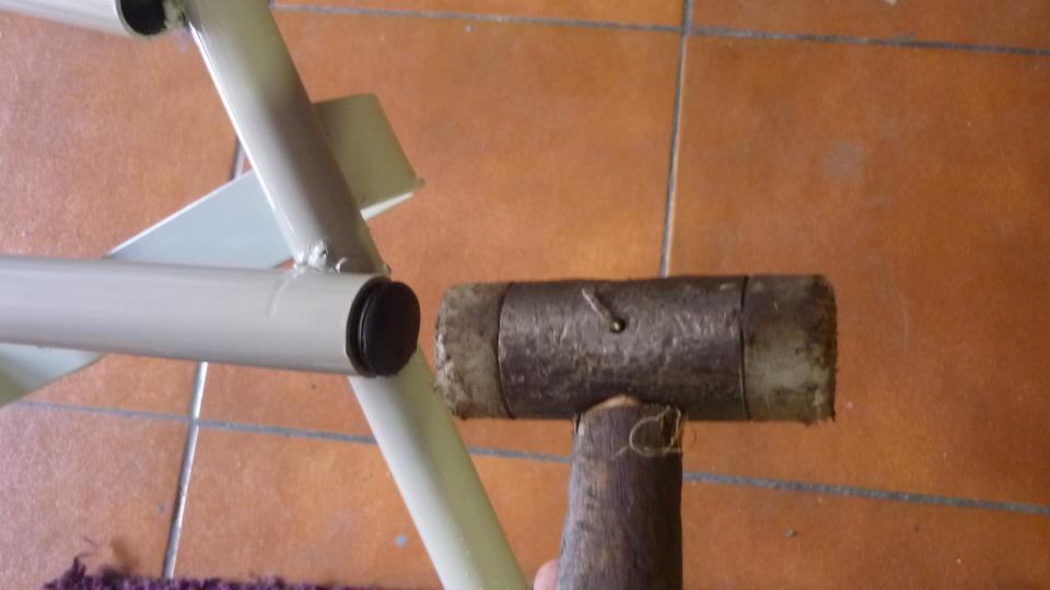 lo primero tapar todos los tubos con tapones para evitar oxidaciones