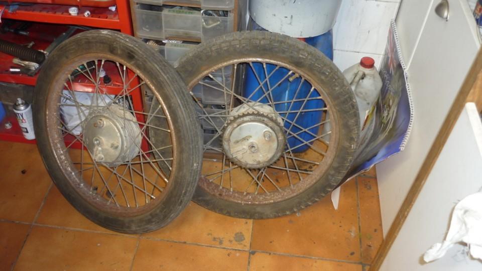 ruedas oxidadas