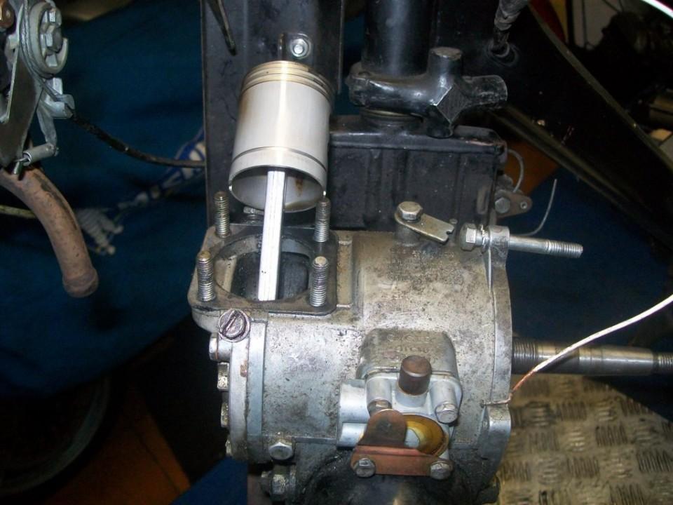 fuera carburador y cilindro