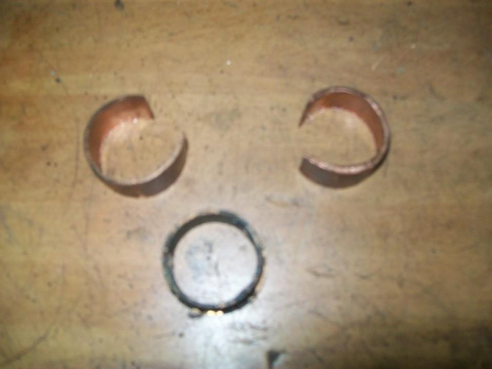 con tubería de cobre, hacemos los casquillos de la horquilla que estaban rotos